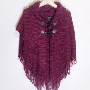 Saks Firth Avenue maroon poncho size small